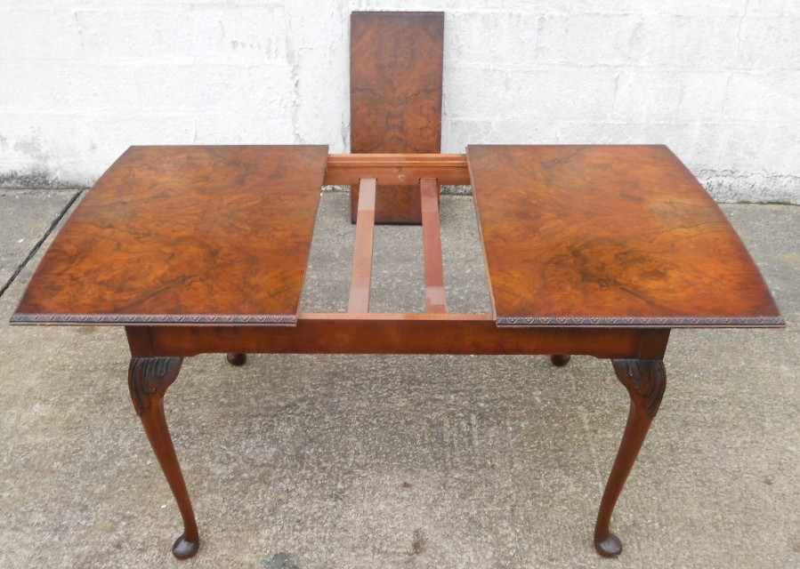 Queen Anne Style Extending Dining Table to Seat Six - SOLD